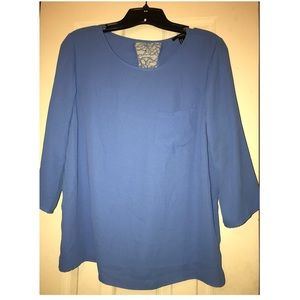 FOREVER 21 (M) - BLUE TOP W/ LACE ON BACK EUC